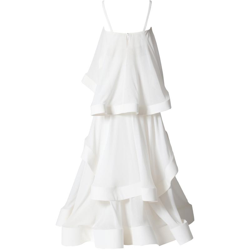 ホワイトのセパレートドレス。とろみのあるクリンクルシフォンの裾にホースヘアを貼ることで軽やかにフリルが弾むホワイトのセパレートドレスです。