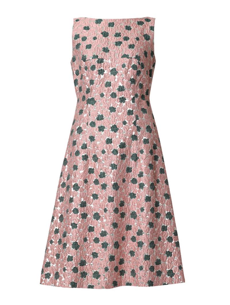 ジャガード素材で華やかなピンク、シルバーのレラ・ローズ(Lela Rose)のドレス。パーティーシーンにおすすめです。