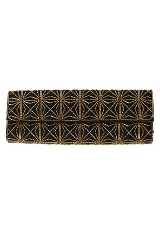 ブラックにゴールドのビジューがあしらわれた使い勝手の良い長方形のクラッチバッグ