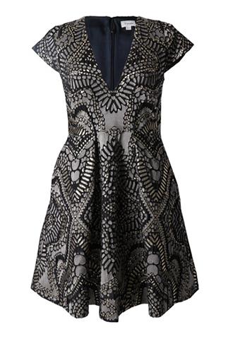 ブラックとゴールドのショートスリーブタイプのワンピース。ブラックのベースにゴールドとグレーの総柄が施された華やかなショートドレスです。