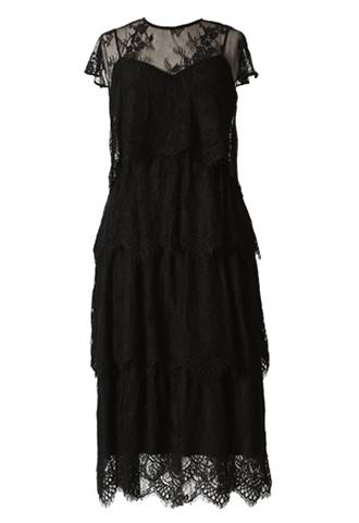 キャミソールドレスとボレロがセットになったオールブラックのレースティアードドレス