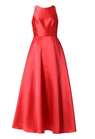 光沢のあるレッドカラーで、ノースリーブタイプのロングドレス