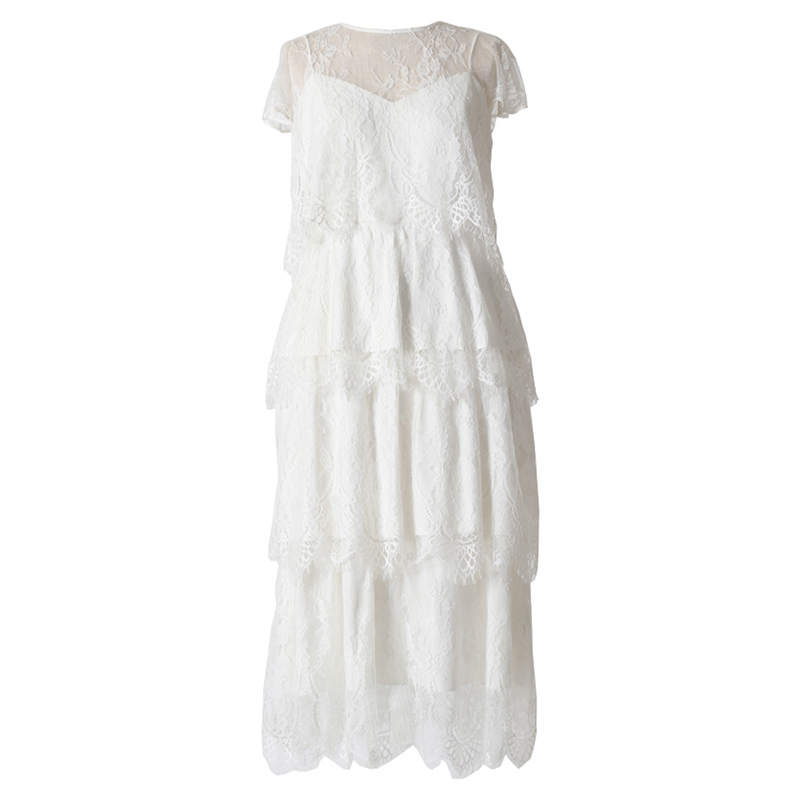 キャミソールドレスとボレロがセットになったオールホワイトのレースティアードドレス