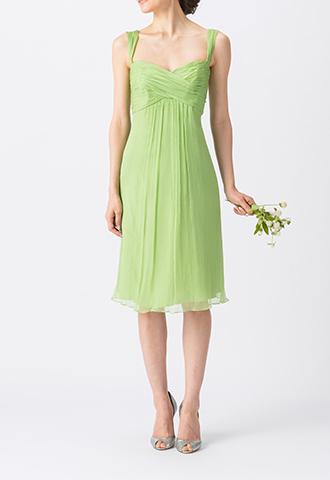ライトグリーンで、キャミソールタイプのミディ丈ブライズメイドドレス